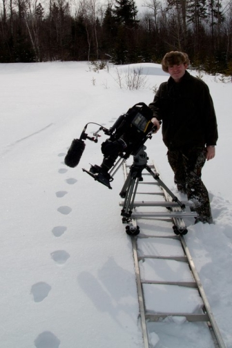 DW in snow with slider